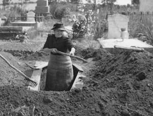 grave dig female2